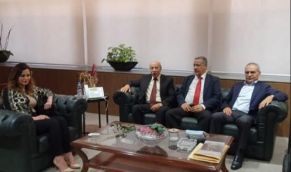 عبد الصمد عرضت مع وفد الجبهة الديمقراطية شؤون المخيمات الفلسطينية