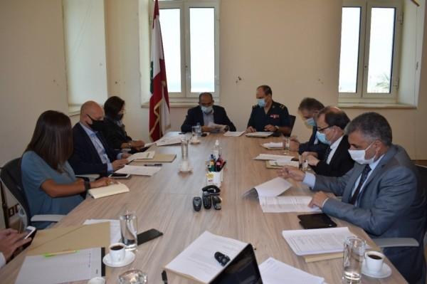 دعت الأونروا للتعاقد مع مشافي لبنانية إضافية   لجنة الحوار  ستجري ألف فحص PCR للفلسطينيين في لبنان