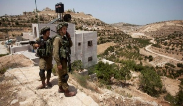 الاحتلال يخطر بوقف العمل بمنازل قيد الإنشاء غرب بيت لحم