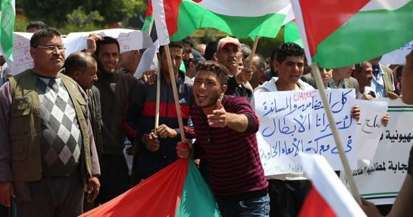 رفضًا لاعتقالهم الإداري 4 أسرى يواصلون معركة  الأمعاء الخاوية