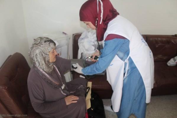 بالصور اليوم الصحي بمخيم البص –صور