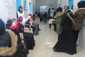 يوماً صحيا مجانيا تخصصيا دعماً للشعب الفلسطيني الصامد في عيادات جمعية الهلال الاحمر الفلسطيني مخيم البص