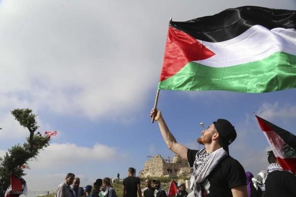 مسيرة 'العودة الكبرى -راجعين' في قلعة الشقيف ارنون -  مع الصور والفيديو