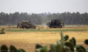 توغل محدود لجرافات الاحتلال شرق خانيونس واستهداف مراكب الصيادين ببحر السودانية