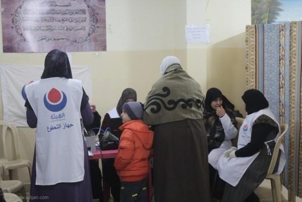 يوماً صحيا مجانيا تخصصيا دعماً للشعب الفلسطيني الصامد في قاعة مخيم الجليل(بعلبك)