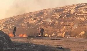 مستوطنون صهاينة يغلقون طريقا بين نابلس وجنين بالضفة الغربية المحتلة